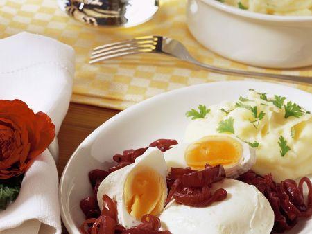 Verlorene eier mit zwiebeln rezept eat smarter - Eier kochen mittel ...