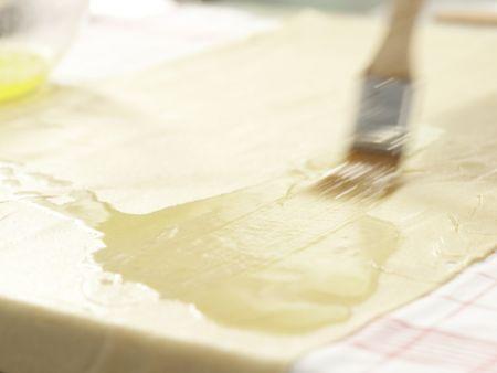 Vollkorn-Apfelstrudel: Zubereitungsschritt 8