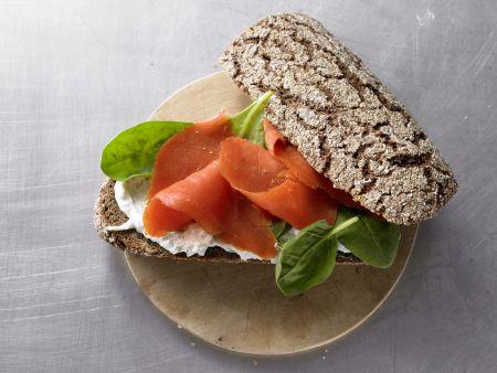 Vollkorn-Lachs-Sandwich: Zubereitungsschritt 6