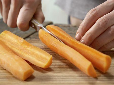 Vollkorn-Pfannkuchen mit Möhren und Sesam: Zubereitungsschritt 3