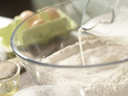 Vollkorn-Pfannkuchenteig: Zubereitungsschritt 1