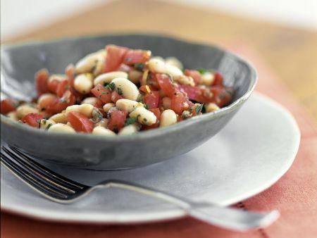 Weißer Bohnensalat mit Tomaten