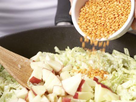 Wirsing-Apfel-Gemüse: Zubereitungsschritt 5
