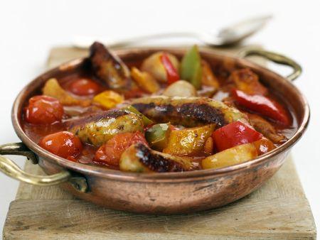 Würstchen mit Gemüse