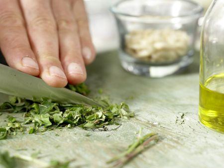 Würzige Mozzarella-Nudeln: Zubereitungsschritt 4