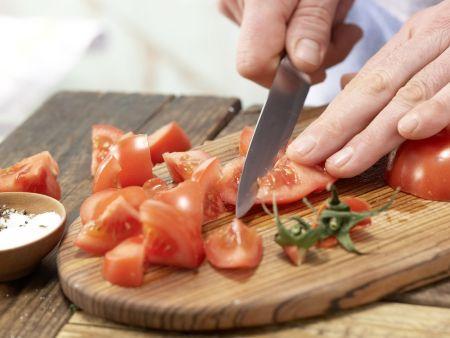 Spaghetti mit Tomatensauce: Zubereitungsschritt 3