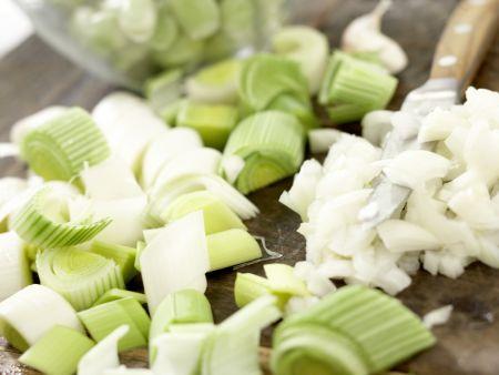Würziger Gemüse-Eintopf: Zubereitungsschritt 2