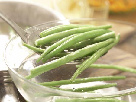Würziger Gemüsesalat: Zubereitungsschritt 5
