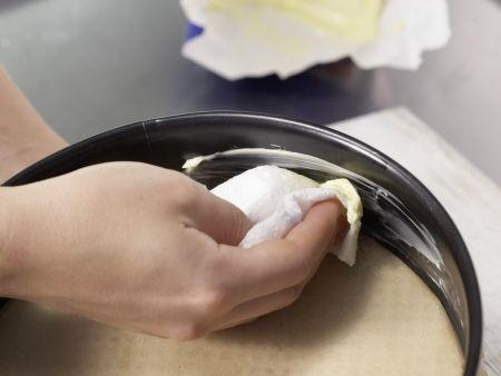Würziger Makronenkuchen: Zubereitungsschritt 4