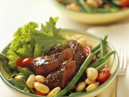 Würziges Lammfilet mit Dicke-Bohnen-Salat