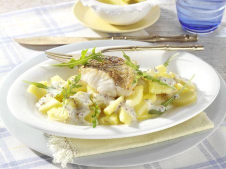 Zanderfilet auf Kartoffel-Ananas-Salat