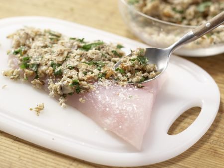 Zanderfilet mit Pilzkruste: Zubereitungsschritt 10