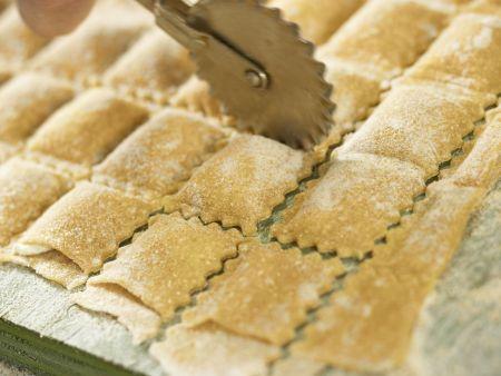 Ziegenfrischkäse-Ravioli: Zubereitungsschritt 8