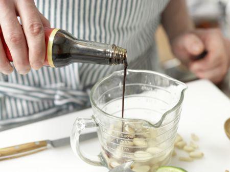 Zitronengras-Hähnchen-Spieße: Zubereitungsschritt 1