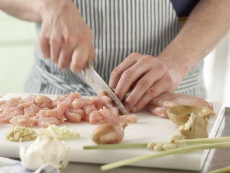 Zitronengras-Hähnchen-Spieße: Zubereitungsschritt 3
