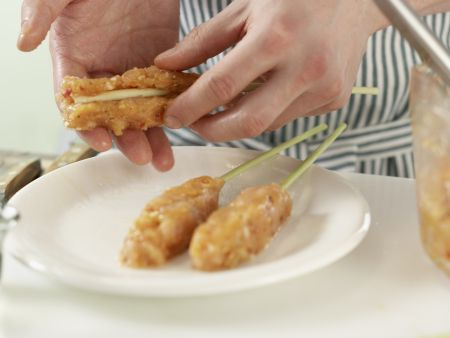 Zitronengras-Hähnchen-Spieße: Zubereitungsschritt 8