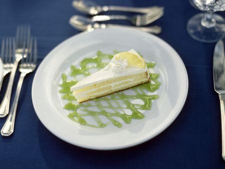 Zitronenkuchen mit Limettensoße