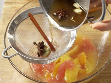 Zitrusfrüchte in Gewürzsirup: Zubereitungsschritt 6