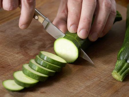 Zucchini mit Polenta: Zubereitungsschritt 4