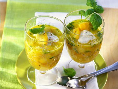 Rezept: Zucchinikaltschale mit Sauerrahm