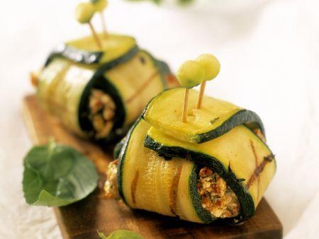 Zucchinipäckchen mit Fleischfüllung