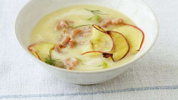 Rezept: Apfel-Kartoffelsuppe mit Krabben