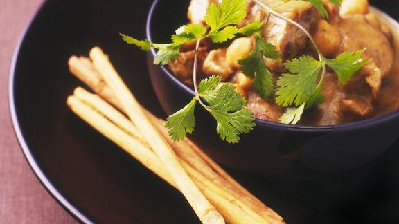Rezept: Apfel-Lamm-Topf mit Kichererbsen und Zimt
