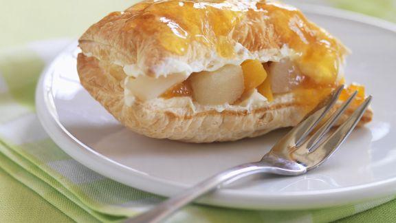 Rezept: Apfel-Pfirsich-Tasche