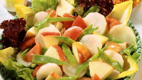 Rezept: Apfel-Rettich-Salat mit Kefen