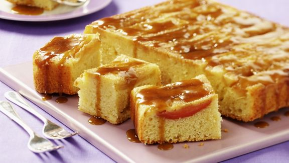 Rezept: Apfelschnitten mit Karamellsoße