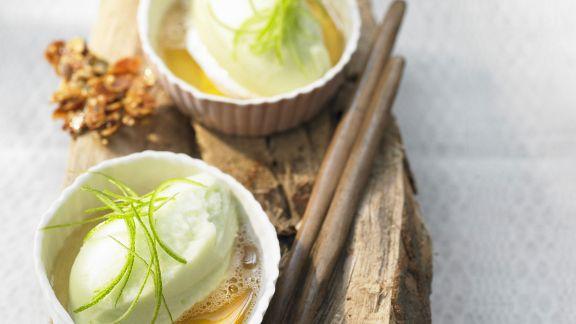 Rezept: Apfelsorbet mit Waldmeister und Apfelwein
