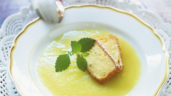 Rezept: Apfelsuppe mit Pudding-Sticks