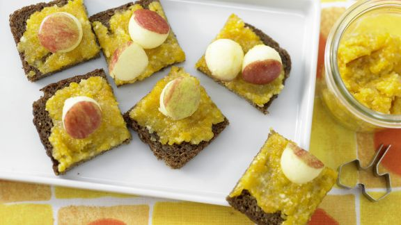Rezept: Aprikosenaufstrich mit Mandeln