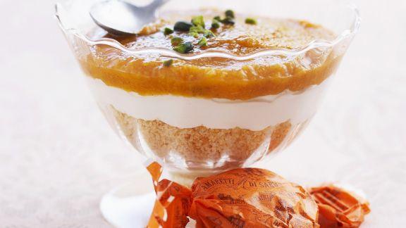 Rezept: Aprikosentrifle mit Amaretti