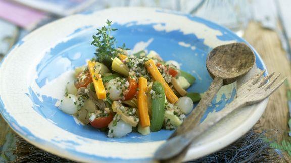 Rezept: Artischocken mit Gemüse und Kräutern