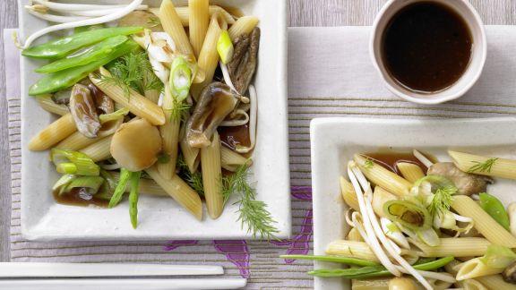 Rezept: Asiatische Gemüsenudeln