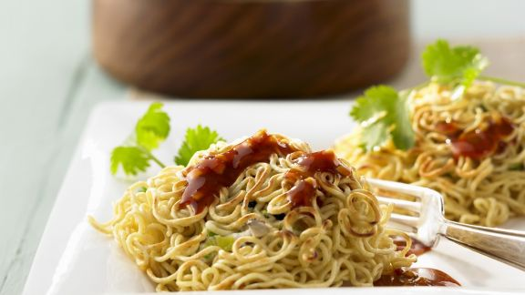 Rezept: Asiatische Nudeln mit Hühnchen und Ingwer-Orangen-Soße