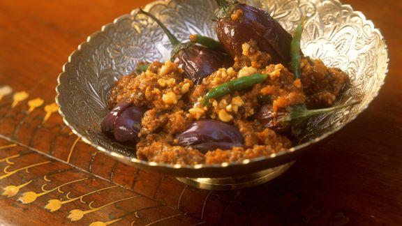 Rezept: Auberginengemüse mit Erdnuss