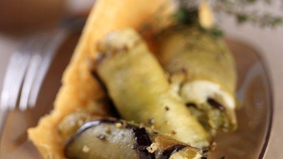 Rezept: Auberginenröllchen mit Mozzarellafüllung
