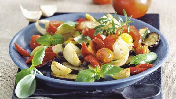 Rezept: Auberginensalat mit Tomaten und Knoblauch