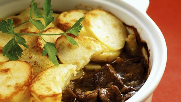 Rezept: Auflauf mit Lammfleisch und Kartoffeln