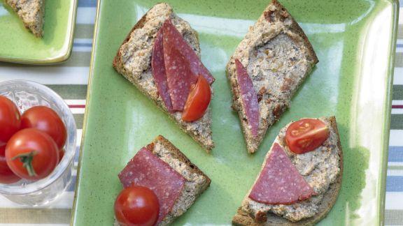 Rezept: Aufstrich mit Tomaten