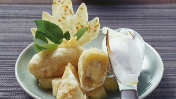Rezept: Ausgebackene Bananen mit Kokoseiscreme