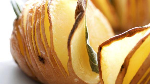 Rezept: Backkartoffeln mit Salbei