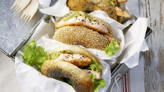 Rezept: Bagel mit Lachs und Avocadocreme