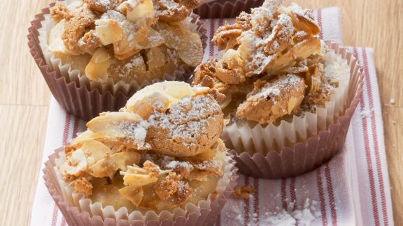 Rezept: Bananenmuffins mit Amaretti-Topping