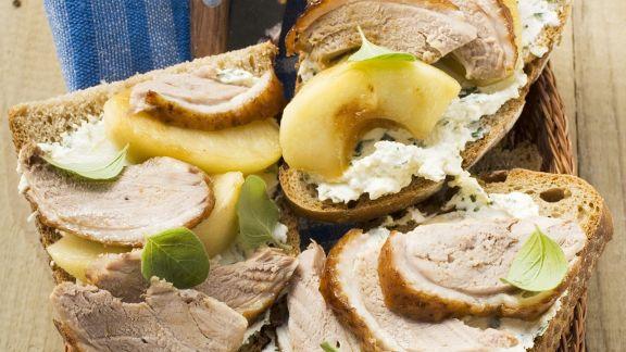Rezept: Belegte Brote mit Ente und Äpfeln