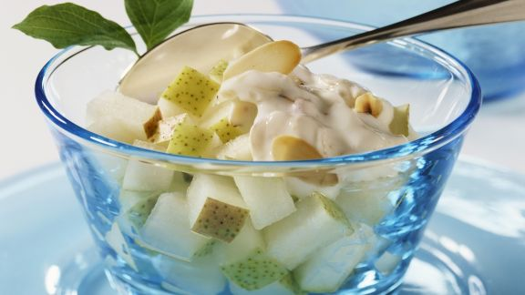 Rezept: Birnen-Mandel-Salat
