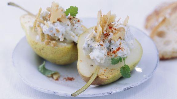 Rezept: Birnen mit Blauschimmelkäse-Füllung