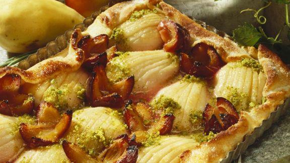 Rezept: Birnenkuchen mit Zwetschgen